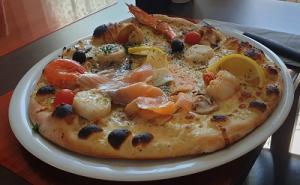 Pizza Reine des Mers